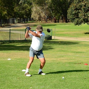 Vic Galea (Springwood CC) in action at Leonay GC in the final round of the 2019 WSRVGA Inter-Club Competition Blue Mountains Gazette 7th November, 2019