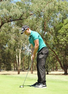 Leonay GC Trainee Professional on the practice putting green Nepean News 15th February, 2018