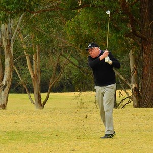 Michael Dwyer (Glenmore) in action at the WSRVGA Inter-Club event at Wallacia GC on August 31. Australian Senior Golfer 4th September, 2018