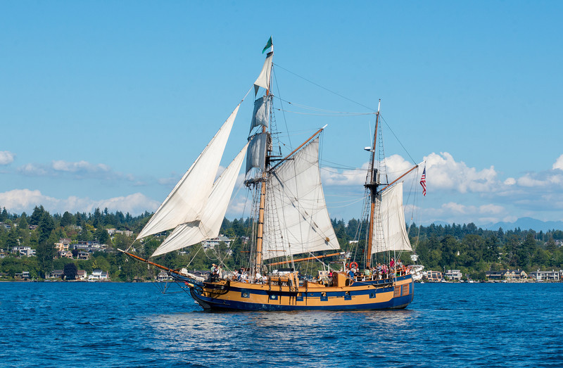 Hawaiian Chieftain under sail at sea. Photo by Bob Harbison.