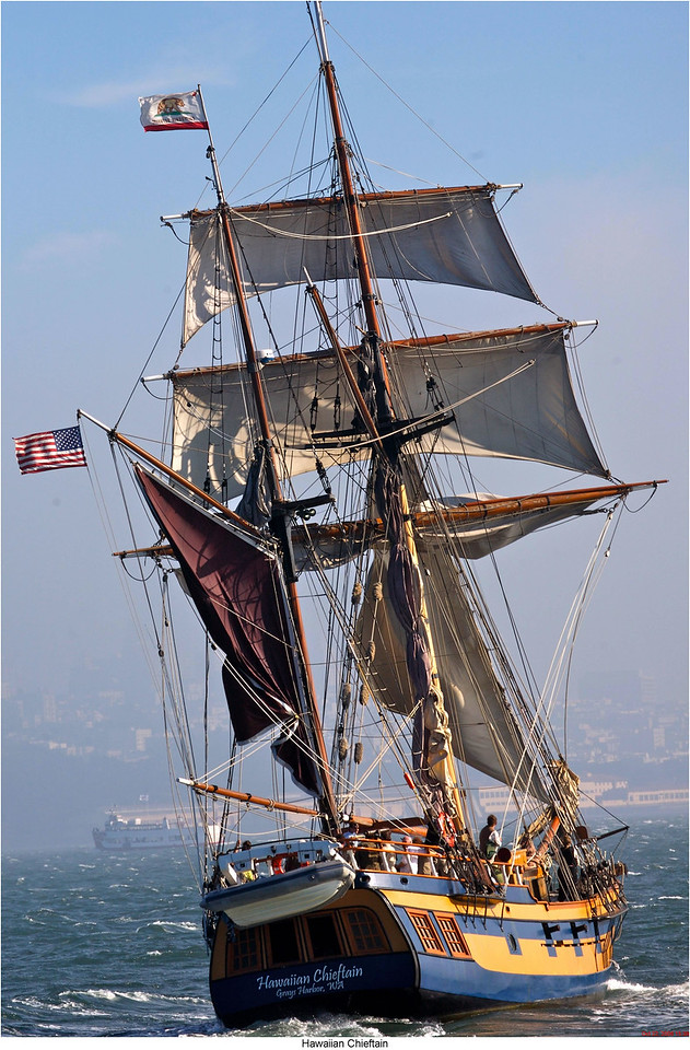 Hawaiian Chieftain under sail. Photo by Grays Harbor Historical Seaport Authority.