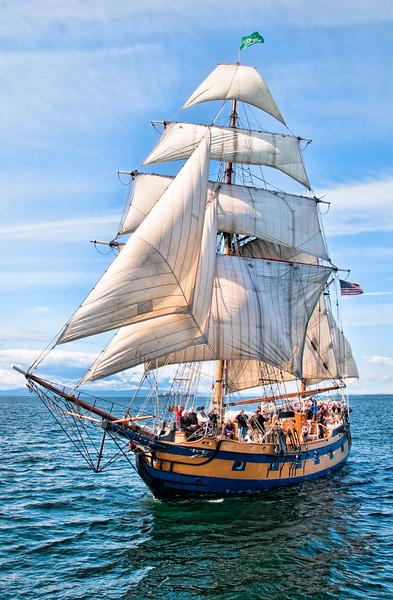 Hawaiian Chieftain under sail at sea. Photo by Bob Harbison.