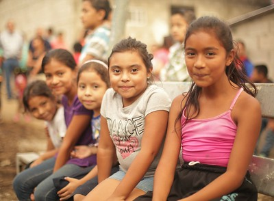 Happy children of Nuevo Cuscatlán families.