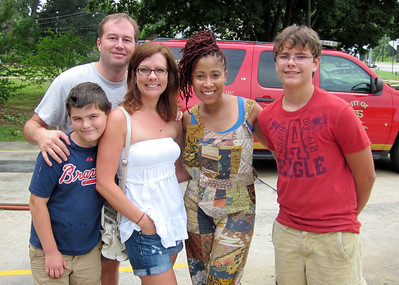 From left: Saylor Johnson, Director of Communications Chris Johnson, Shellie Johnson, HGTV star Kimberly Lacy, Ryan Morrill.