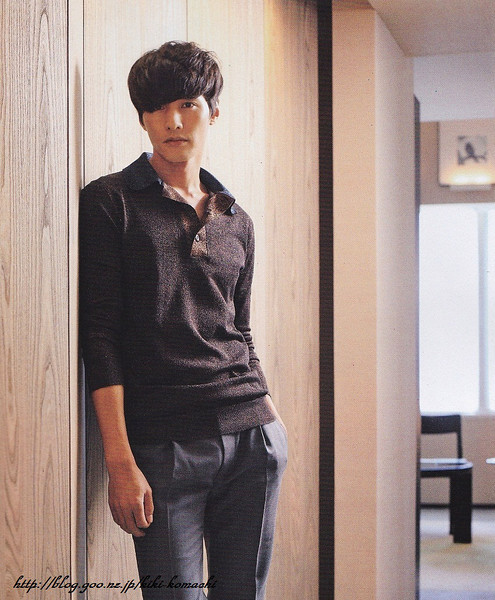 201109jp-womansown-4
