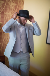 88_ReadyToGoPRODUCTIONS_New York_New Jersey_Wedding_Photographer_groom_prep_