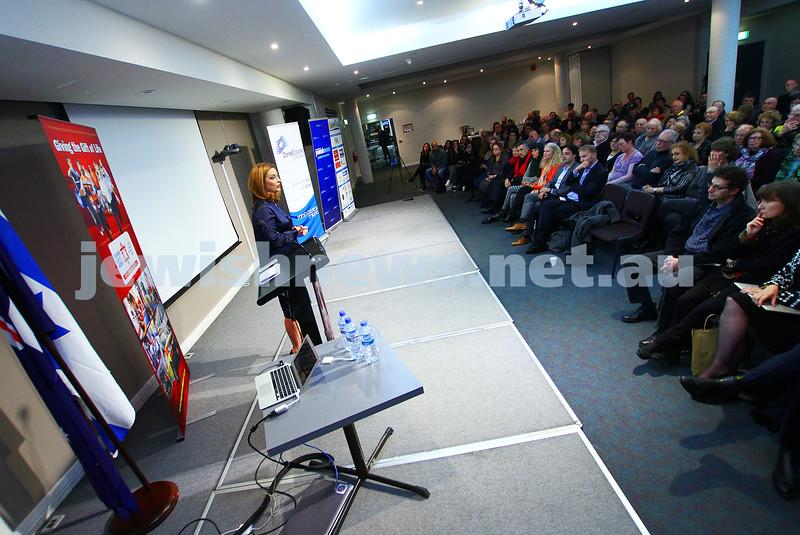 21-6-15. Medical Marijuana forum at Beth Weizmann. Helen Kapalos. Phtot: Peter Haskin