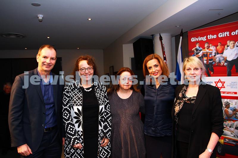 21-6-15. Medical Marijuana forum at Beth Weizmann. From left: David Southwick, Ingrid Scheffer, Glynis Lipson, Helen Kapalos,  Jane Rapke. Phtot: Peter Haskin