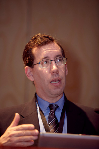 Orlando, FL - 2009 ASCO GU Symposium - Dr. Adam S. Kibel addresses the Best of Journals Session at the 2009 ASCO Genitourinary Cancers Symposium here today, Wednesday February 25, 2009. Date: Wednesday February 25, 2009 Photo by © ASCO/Todd Buchanan 2009 Technical Questions: todd@toddbuchanan.com; Phone: 612-226-5154.