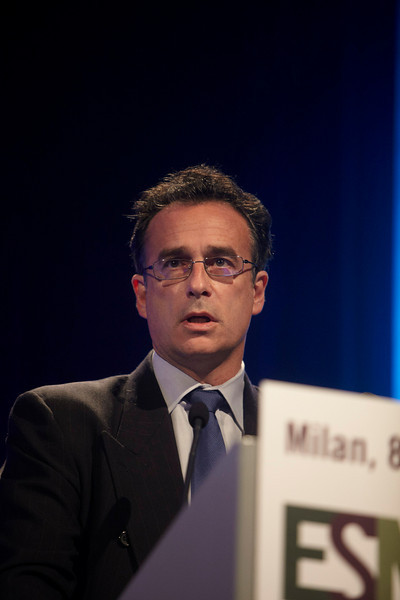 Milan,  - ESMO 2010 - Dr. Vincent Miller addresses the Presidential Symposium here today, Monday October 11, 2010 during the European Society of Medical Oncology 2010 Congress. Photo by © Todd Buchanan 2010 Technical Questions: todd@toddbuchanan.com Phone: +1.612.226.5154