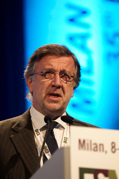 """Milan,  - ESMO 2010 - Dr. Giorgio Scagliotti addresses the Controversy Session: """"Maintenece Treatment of NSCLC: Utopia or Necessity"""" here today, Monday October 11, 2010 during the European Society of Medical Oncology 2010 Congress. Photo by © Todd Buchanan 2010 Technical Questions: todd@toddbuchanan.com Phone: +1.612.226.5154"""