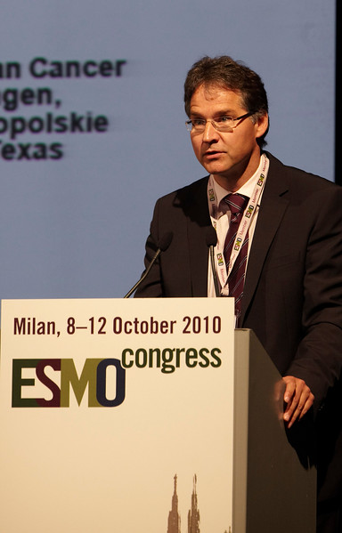 Milan,  - ESMO 2010 - Dr. W. Brugger (for Dr. Sequist) speaks at the Proffered Paper Session: Chest Tumors I here today, Saturday October 9, 2010 during the European Society of Medical Oncology 2010 Congress. Photo by © Todd Buchanan 2010 Technical Questions: todd@toddbuchanan.com Phone: +1.612.226.5154