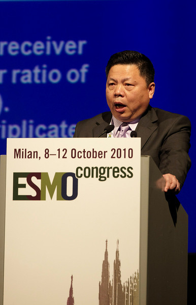 Milan,  - ESMO 2010 - Dr. Yi-long Wu speaks at the Proffered Paper Session: Chest Tumors I here today, Saturday October 9, 2010 during the European Society of Medical Oncology 2010 Congress. Photo by © Todd Buchanan 2010 Technical Questions: todd@toddbuchanan.com Phone: +1.612.226.5154