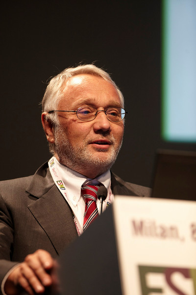 Milan,  - ESMO 2010 - Dr. Cesare Gridell addresses the Proffered Paper Session: Colorectal Cancer here today, Sunday October 10, 2010 during the European Society of Medical Oncology 2010 Congress. Photo by © Todd Buchanan 2010 Technical Questions: todd@toddbuchanan.com Phone: +1.612.226.5154