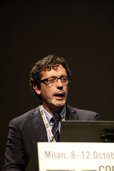 Milan,  - ESMO 2010 - Dr. Luis Paz-Ares addresses the Special Symposium: Targeted therapies in NSCLC: State of the Art new developments here today, Sunday October 10, 2010 during the European Society of Medical Oncology 2010 Congress. Photo by © Todd Buchanan 2010 Technical Questions: todd@toddbuchanan.com Phone: +1.612.226.5154