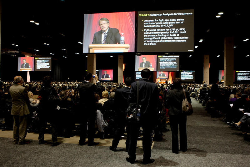 San Antonio, TX - SABCS 2008 San Antonio Breast Cancer Symposium:  General Views at the General session at the 2008 San Antonio Breast Cancer Symposium here today, Thursday December 11, 2008. Over 8,000 Physicians, researchers and healthcare professionals from over 50 countries attended the meeting which features the latest research on Breast Cancer Treatment and Prevention. Date: Thursday December 11, 2008 Photo by © SABCS/Todd Buchanan 2008 Technical Questions: todd@toddbuchanan.com; Phone: 612-226-5154.