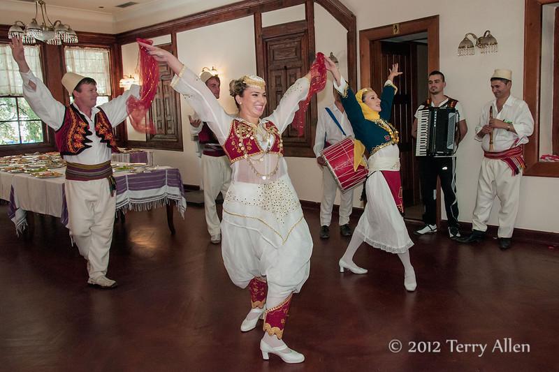 Albanian-forkloric-group-4,-Tirana,-Albania