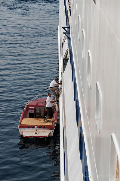 Pilots-boarding-Clipper-Odyssey,-Sarande, Albania