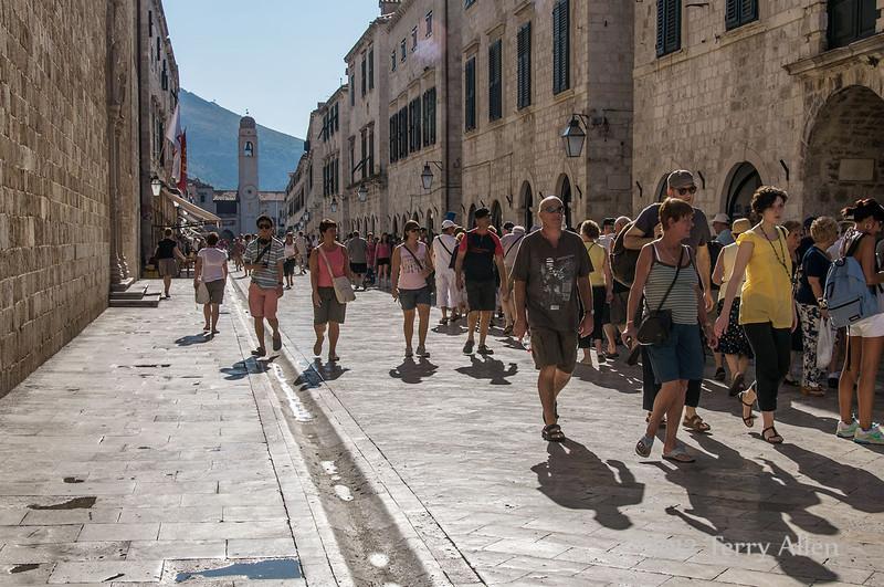 Placa-Stradun,-Dubrovnik,-Croatia