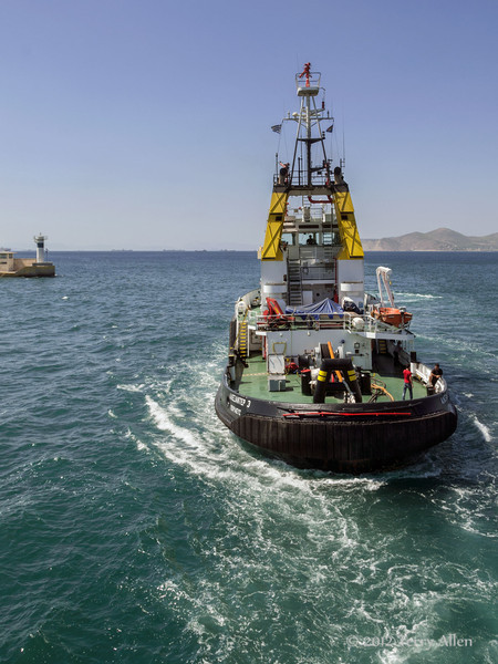 Tug-boat-near-Athens-3,-Greece