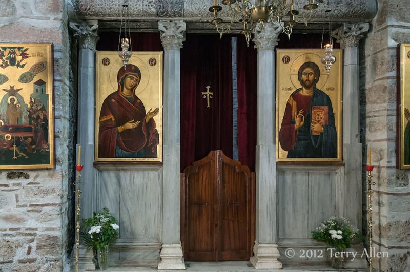 Interior,-Byzantine-monastery-of-Osios-Louca,-Distomo,-Greece