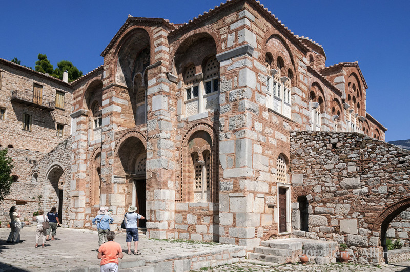 Byzantine-monastery-of-Osios-Louca-2,-Distomo,-Greece