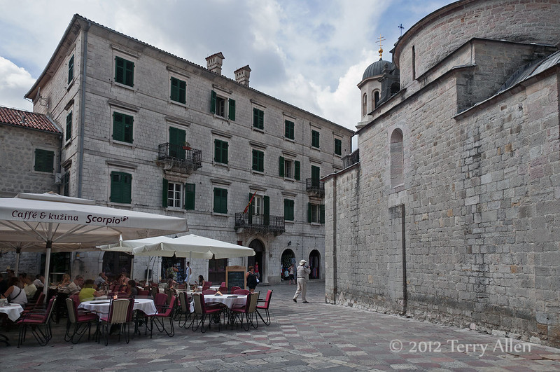 Church-of-St-Luke -Piazza-Greca,-Kotor,-Montenegro