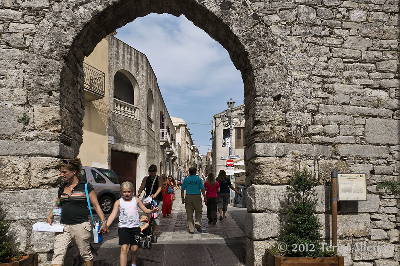 Town-wall,-Erice, Sicily