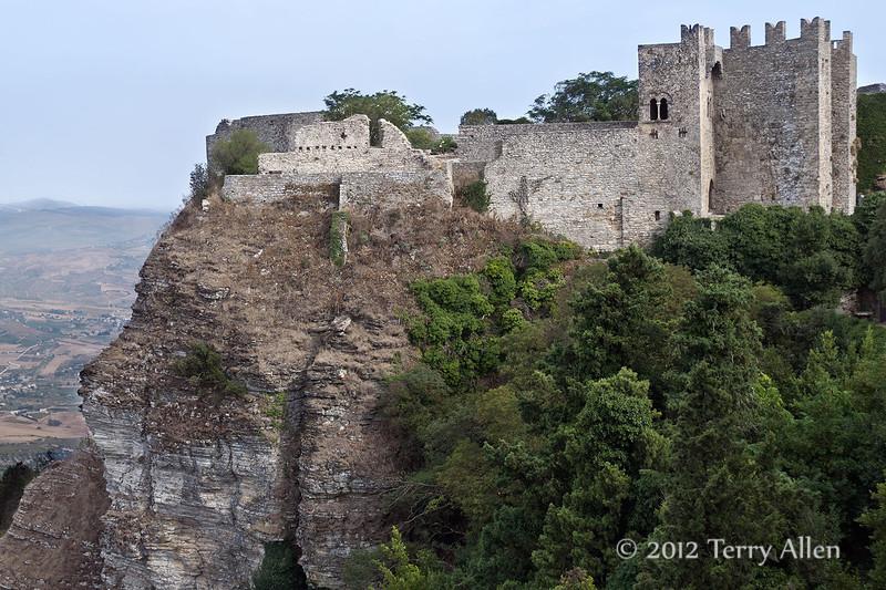 Castello-di-Venere,-Erice, Sicily