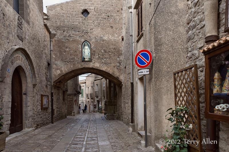 Street-scene-3,-Erice, Sicily
