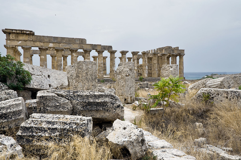 Temple-of-Hera-from-ruined-Temple-of-Athena-(Temple-G),-Selinute