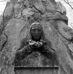 Indian Monument, Lebanon Valley, NY. May 2001