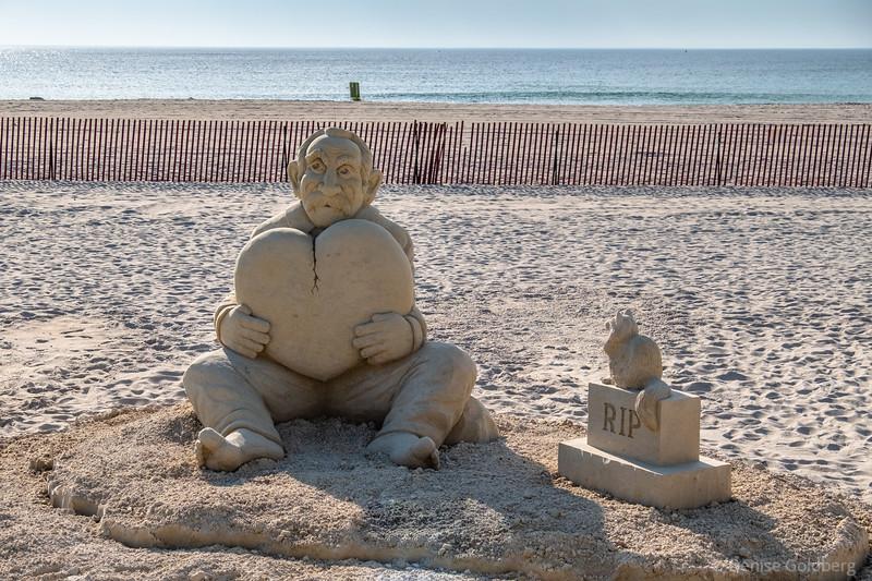sand sculptures :: Hampton Beach 2021