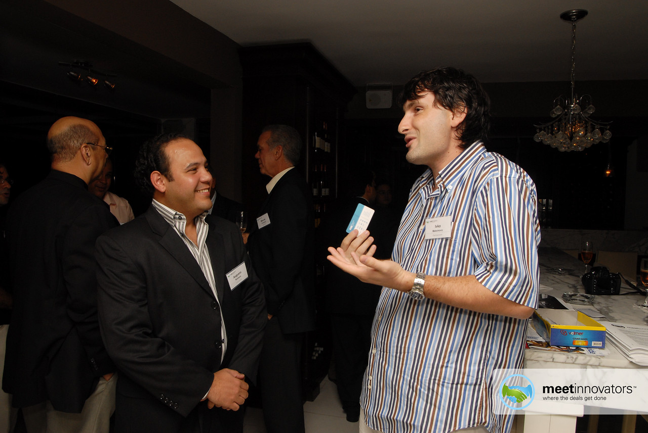 Augusto Romano from communiQue talking with Ivko Maksimovic