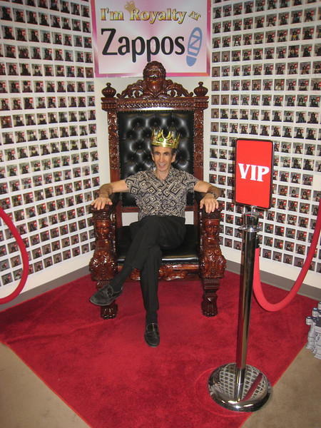 """Joe Sugarman being treated like """"royalty"""" at Zappos.  They make a big effort to take care of their partners."""