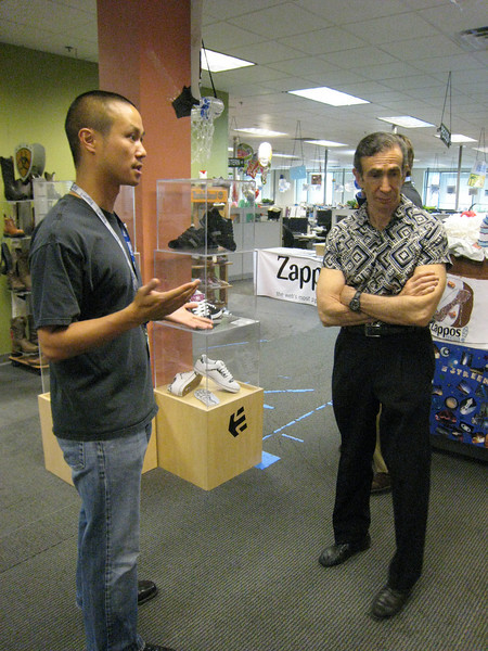 Tony explaining some of the key aspects of the Zappos business model to Joe Sugarman
