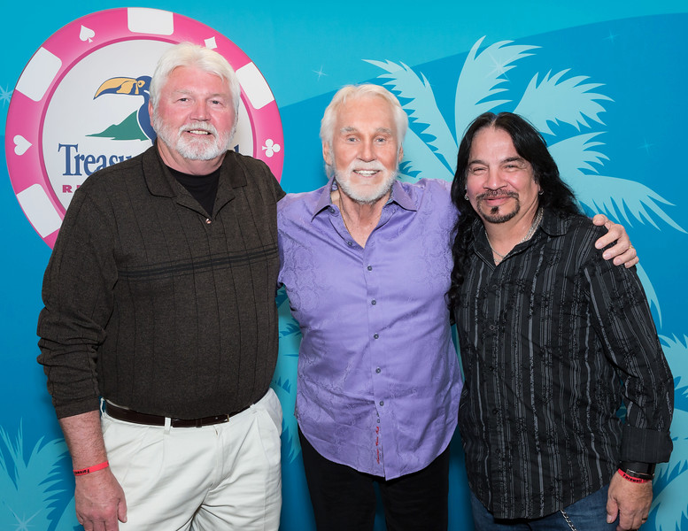"Kenny Rogers Back Stage Meet & Greet  <a href=""http://www.randydormanphotography.com"">http://www.randydormanphotography.com</a><br /> <br /> Locate your VIP photo...Click on thumbnail<br /> On large photo click to open full screen<br /> Bottom R corner L of BUY choose sizes<br /> From pop-up Choose ""Original"" R click<br /> on image choose ""save image as""<br /> To purchase click ""Buy""<br /> Select a size and click ""Checkout"""