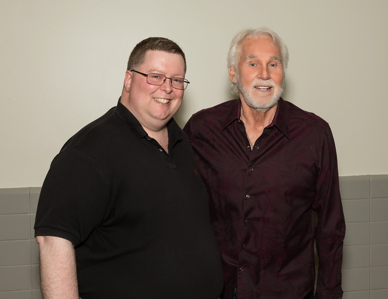 """Kenny Rogers Back Stage Meet & Greet  <a href=""""http://www.randydormanphotography.com"""">http://www.randydormanphotography.com</a><br /> <br /> Locate your photo...Click on thumbnail<br /> On large photo click to open full screen<br /> Bottom R corner L of BUY choose sizes<br /> From pop-up Choose """"X-Large"""" R click<br /> on image choose """"save image as""""<br /> To purchase click """"Buy""""<br /> Select a size and click """"Checkout"""""""