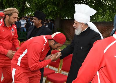 International Masroor Cricket individuals meet Huzur- Part2_ (25 of 63)