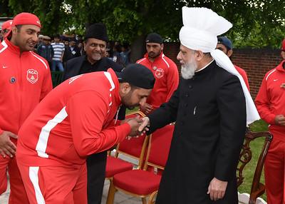 International Masroor Cricket individuals meet Huzur- Part2_ (33 of 63)