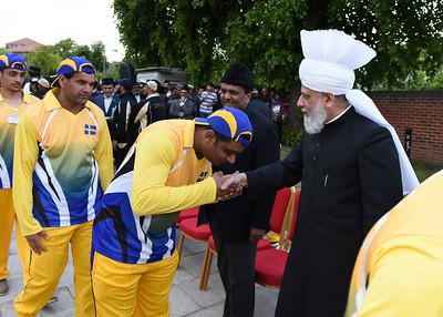 International Masroor Cricket individuals meet Huzur- Part2_ (57 of 63)