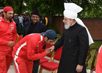 International Masroor Cricket individuals meet Huzur- Part2_ (24 of 63)