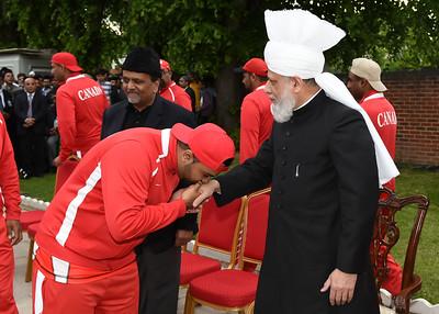 International Masroor Cricket individuals meet Huzur- Part2_ (16 of 63)