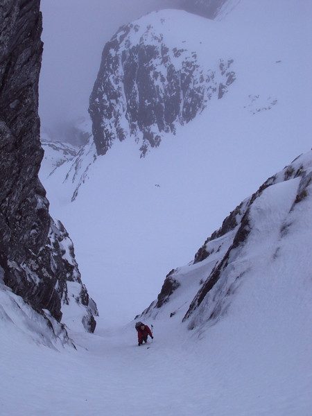 Stevie soloing the first pitch of Coomb Gully