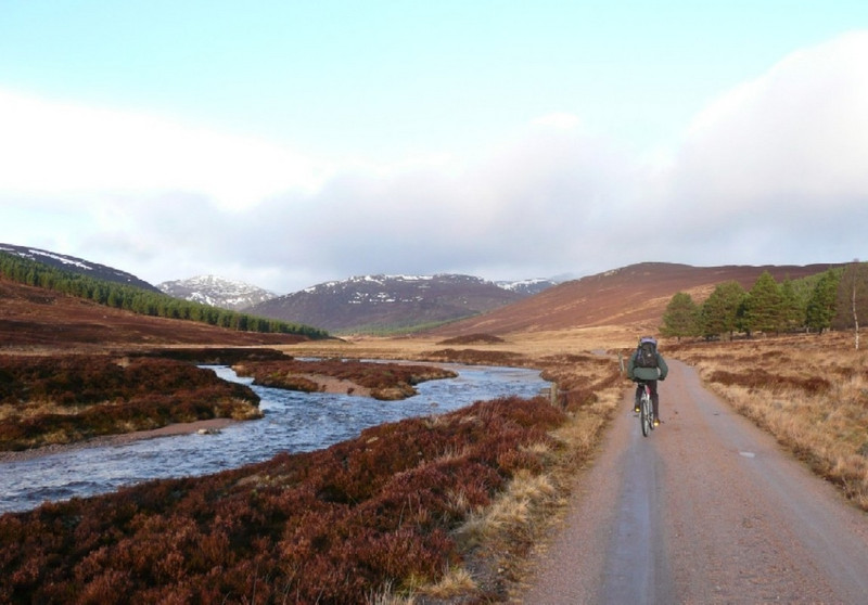 Craig cycling into Derry Lodge