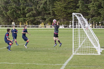 20150509 Football 1st XI HIBs v Tawa College _MG_1849 w WM