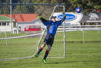20150509 Football - U 15B HIBs v St Pats Silverstream _MG_0592 WM