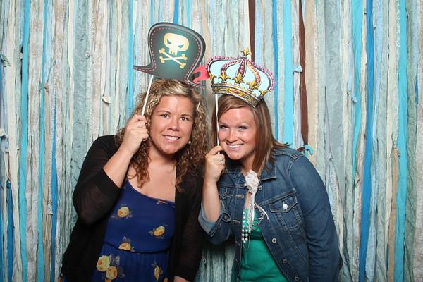 TaylorBarn-Hook-Wedding-Photobooth-013