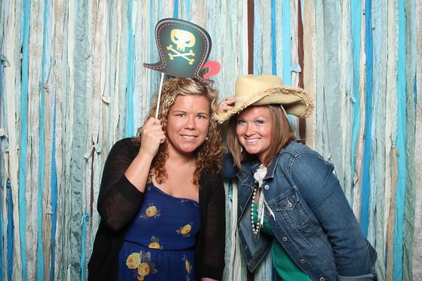 TaylorBarn-Hook-Wedding-Photobooth-016