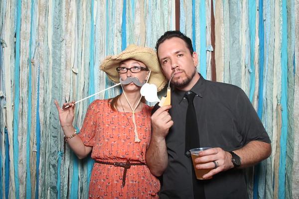 TaylorBarn-Hook-Wedding-Photobooth-019
